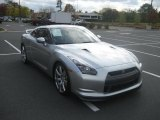 Nissan GT-R 2009 Data, Info and Specs