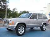 Jeep Cherokee 2001 Data, Info and Specs