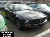 2005 Black Ford Mustang V6 Deluxe Coupe #38917030
