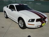 2007 Performance White Ford Mustang V6 Deluxe Coupe #38917617