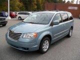 Chrysler Town & Country 2010 Data, Info and Specs