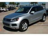 Volkswagen Touareg 2011 Data, Info and Specs