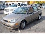 2004 Arizona Beige Metallic Ford Focus SE Sedan #39006706