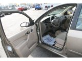 2004 Ford Focus SE Sedan Medium Parchment Interior
