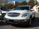 2010 White Diamond Tricoat Buick Enclave CXL AWD #39148089