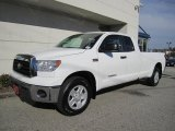 2008 Toyota Tundra SR5 Double Cab 4x4 Front 3/4 View