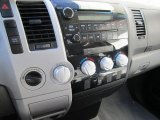 2008 Toyota Tundra SR5 Double Cab 4x4 Controls