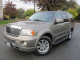 2003 Lincoln Navigator Luxury 4x4 Data, Info and Specs