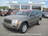 2006 Light Khaki Metallic Jeep Grand Cherokee Laredo #39739634