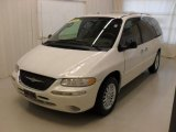 1999 Chrysler Town & Country Bright White