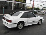 1992 Ford Mustang Oxford White