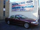 2004 Autumn Red Metallic Lincoln Town Car Signature #39741106