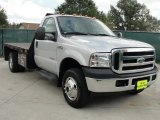 2006 Ford F350 Super Duty XLT Regular Cab 4x4 Chassis Data, Info and Specs
