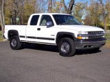 2001 Chevrolet Silverado 2500HD LS Extended Cab 4x4 Data, Info and Specs
