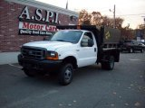1999 Oxford White Ford F350 Super Duty XL Regular Cab 4x4 Chassis #39889215