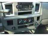 2008 Dodge Ram 3500 SLT Mega Cab Dually Controls