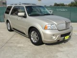 2004 Lincoln Navigator Ultimate Data, Info and Specs