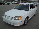 Hyundai Accent 2004 Data, Info and Specs