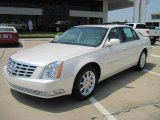 Cadillac DTS Data, Info and Specs