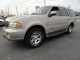 2000 Lincoln Navigator 4x4 Data, Info and Specs