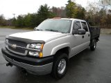 2004 Chevrolet Silverado 2500HD LS Crew Cab 4x4 Chassis Data, Info and Specs