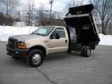 1999 Ford F350 Super Duty XL Regular Cab 4x4 Dump Truck Exterior