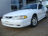 1995 Crystal White Ford Mustang V6 Coupe #40879159