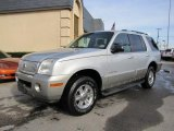 Mercury Mountaineer 2002 Data, Info and Specs