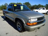 2001 Chevrolet S10 LS Extended Cab Data, Info and Specs