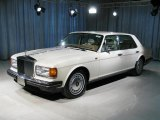 Rolls-Royce Silver Dawn 1995 Data, Info and Specs