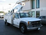 2001 Chevrolet Silverado 3500 Regular Cab Chassis Utility Bucket Data, Info and Specs