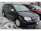 2011 Chrysler Town & Country Blackberry Pearl
