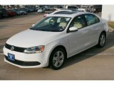 Volkswagen Jetta 2011 Data, Info and Specs
