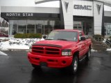 2001 Flame Red Dodge Ram 1500 Sport Club Cab 4x4 #42001527