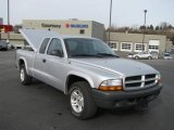2003 Bright Silver Metallic Dodge Dakota SXT Club Cab #4212345