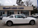 2005 Performance White Ford Mustang V6 Premium Coupe #42440324