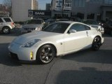 Nissan 350Z Data, Info and Specs