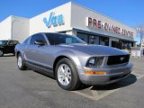 2007 Tungsten Grey Metallic Ford Mustang V6 Deluxe Coupe #42726400