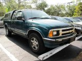 1997 Chevrolet S10 LS Extended Cab 4x4 Data, Info and Specs