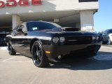Dodge Challenger 2010 Data, Info and Specs