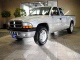2004 Bright Silver Metallic Dodge Dakota Sport Club Cab #43079686