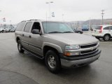 2001 Chevrolet Suburban 1500 LS 4x4 Front 3/4 View