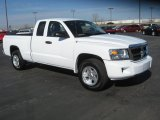 2011 Dodge Dakota ST Extended Cab Data, Info and Specs