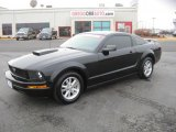 2006 Black Ford Mustang V6 Deluxe Coupe #44511477