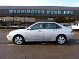 2005 CD Silver Metallic Ford Focus ZX4 ST Sedan #44956397