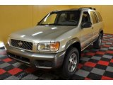 Nissan Pathfinder 2000 Data, Info and Specs