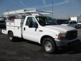 2001 Ford F350 Super Duty XL Regular Cab Chassis Data, Info and Specs