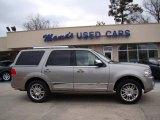 2008 Vapor Silver Metallic Lincoln Navigator Luxury #45168382