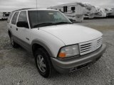 Oldsmobile Bravada 2000 Data, Info and Specs