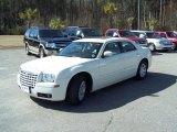 2005 Cool Vanilla Chrysler 300 Touring #45450300
